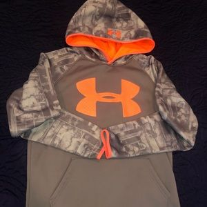 Under Armour hoodie loose YLG